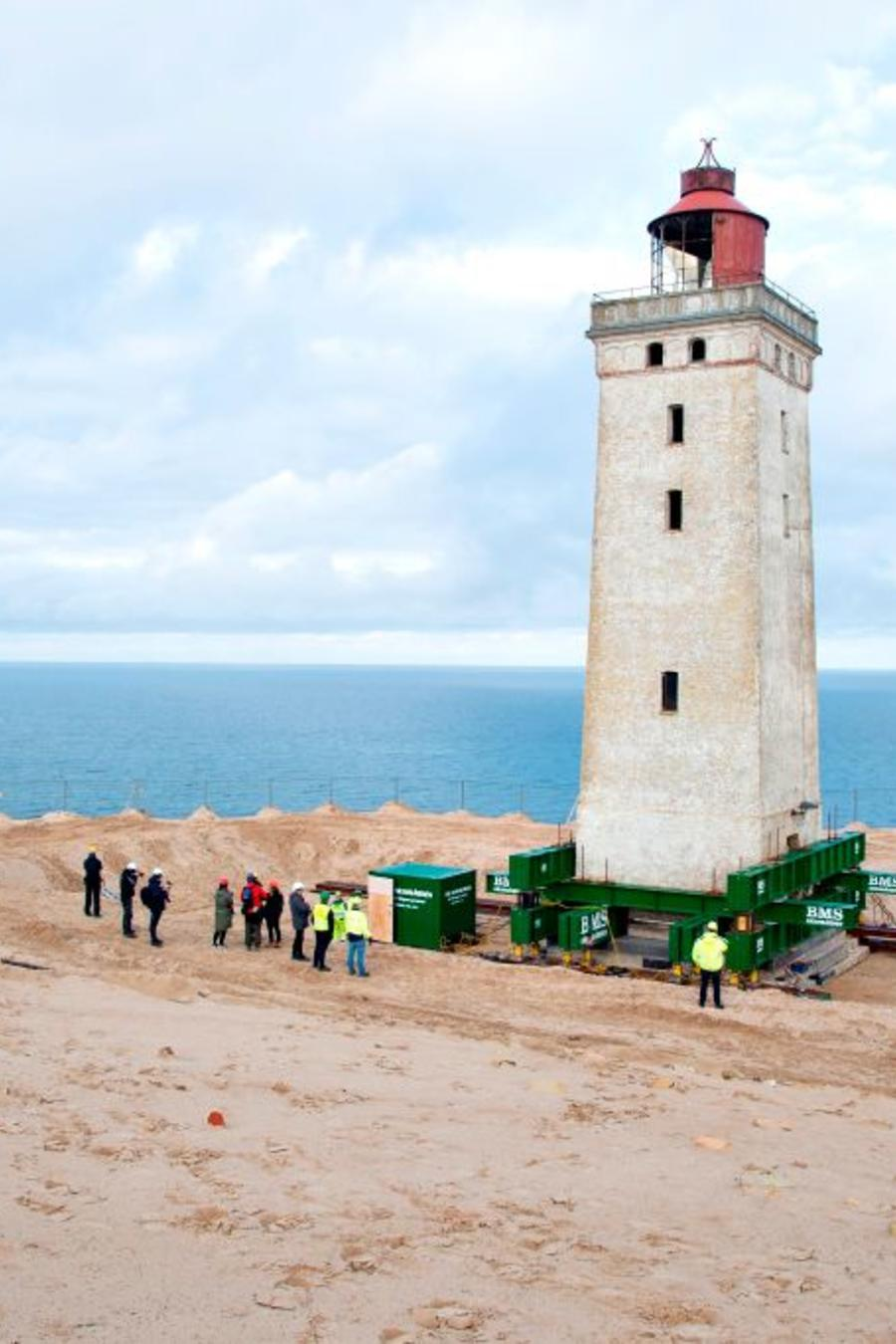 TOPSHOT-DENMARK-EROSION-LIGHTHOUSE-MOVING
