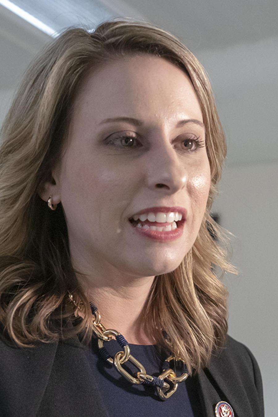 La representante por California, Katie Hill en Washington.