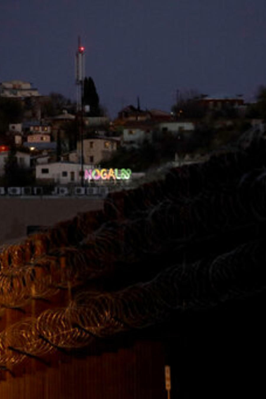 Una imagen de la frontera de Nogales, entre Arizona y México.