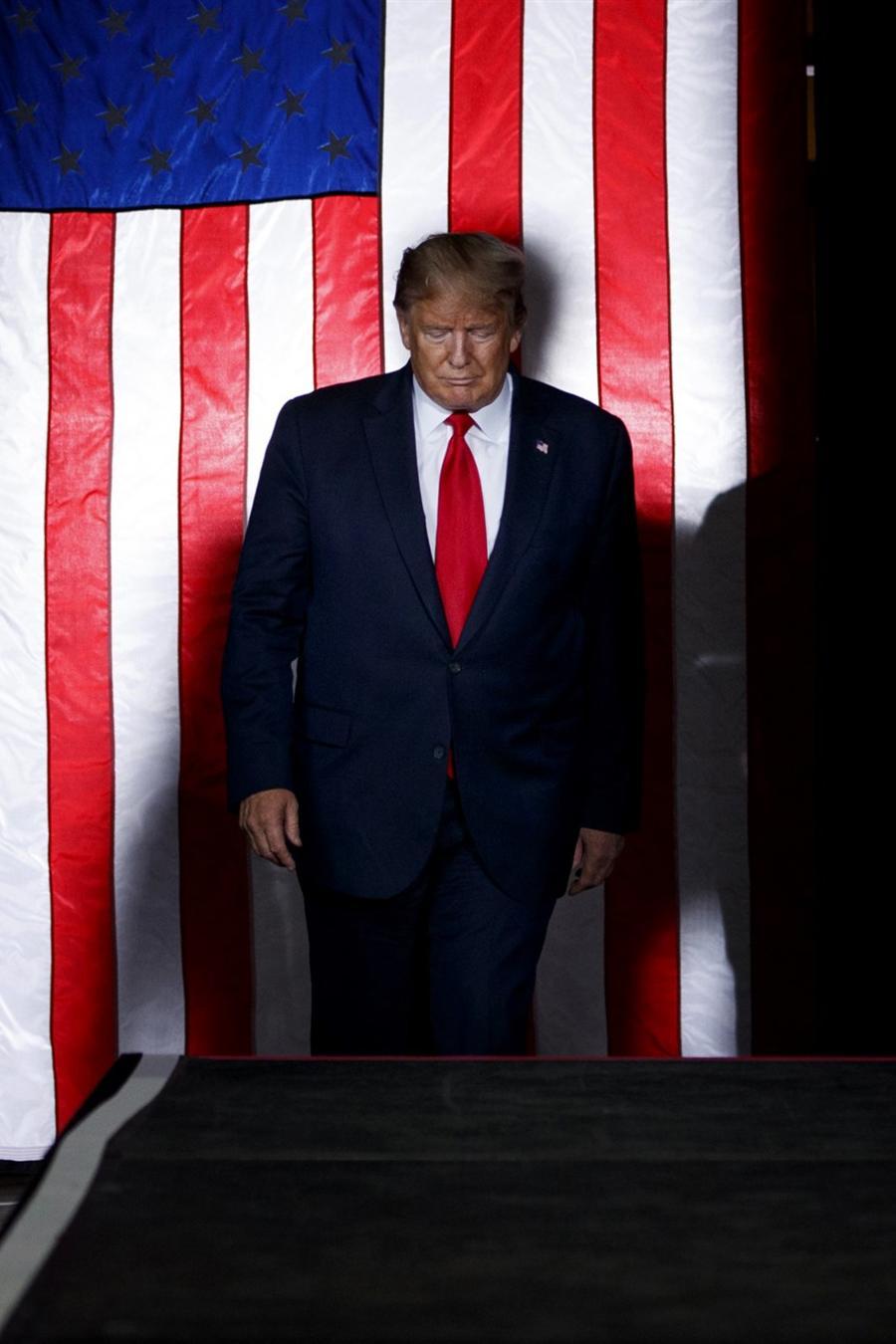 El presidente Donald Trump llega para hablar en un mitin de campaña en Albuquerque, Nuevo México, el 16 de septiembre de 2019. Archivo de Evan Vucci / AP
