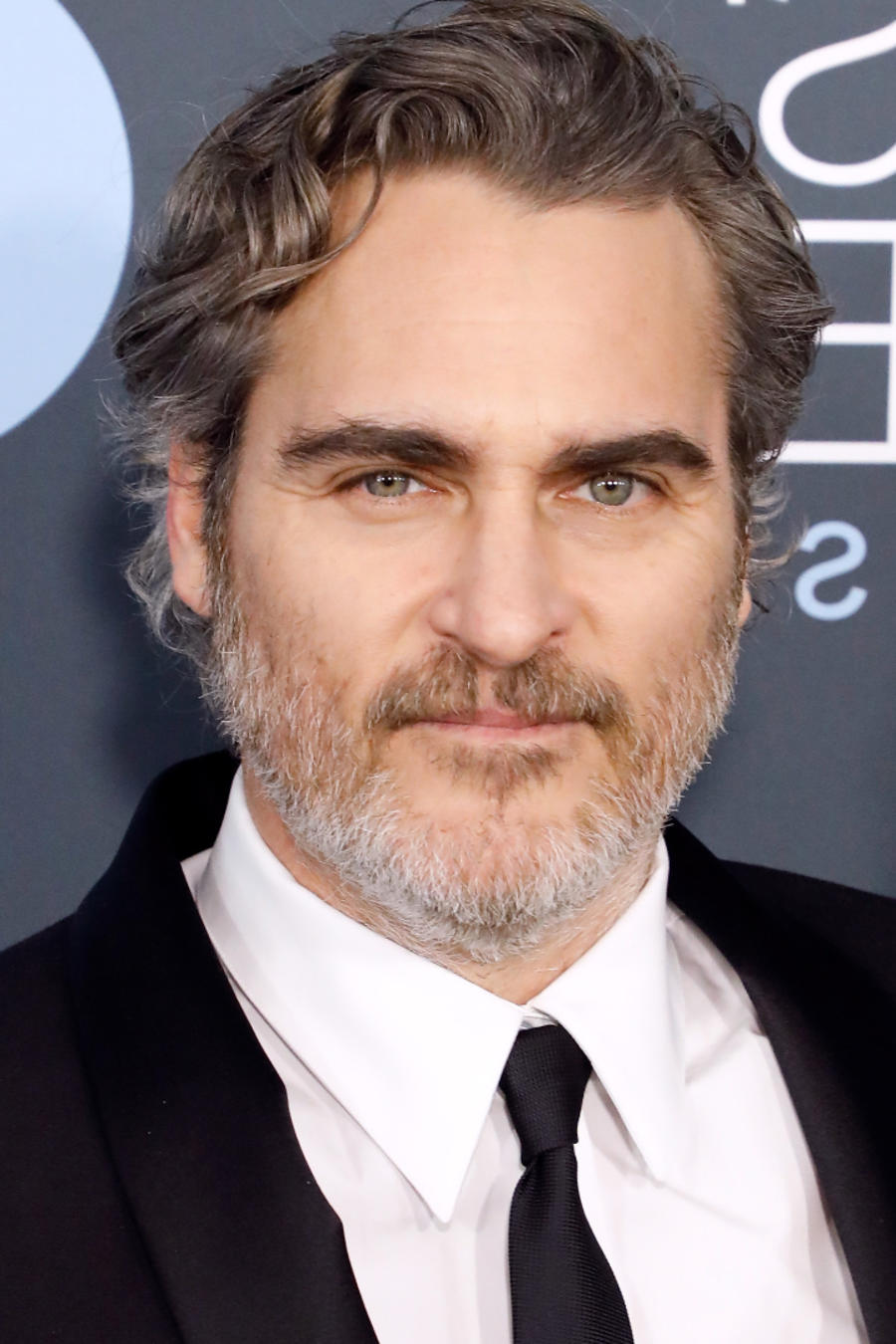 Joaquin Phoenix y la presentadora Wendy Williams