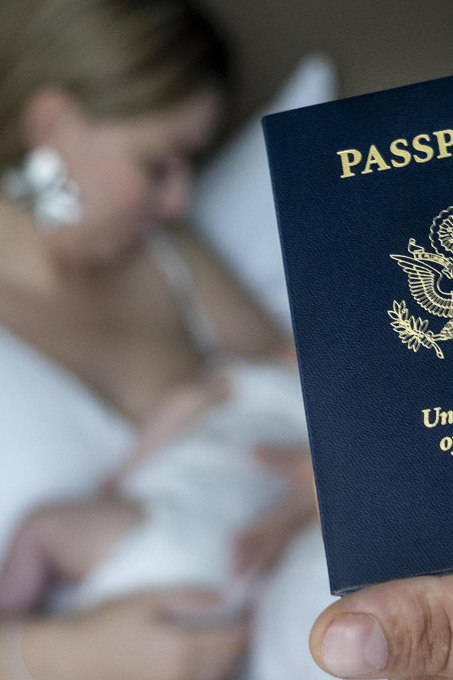 Se estima que unos 33,000 bebés nacen anualmente de extranjeros que estaban de visita en Estados Unidos.