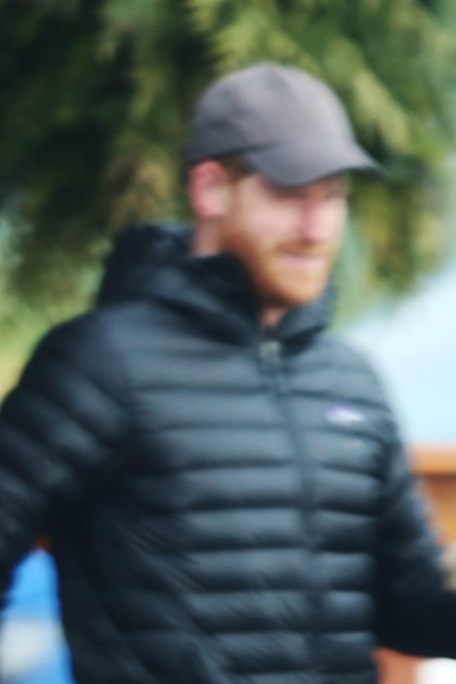 El príncipe Harry sale a comprar sándwiches en Vancouver, Canadá