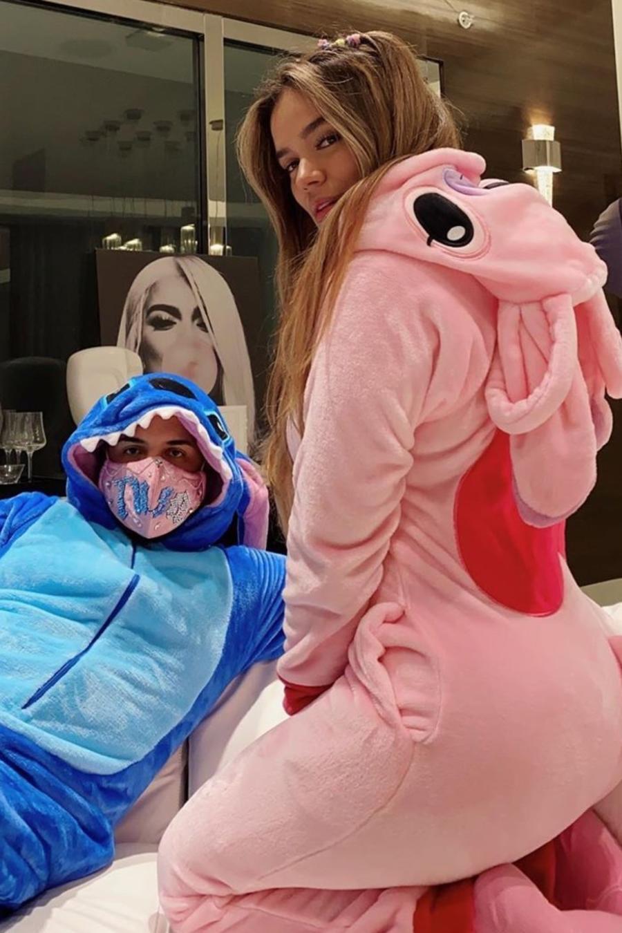 Famosos en pijama