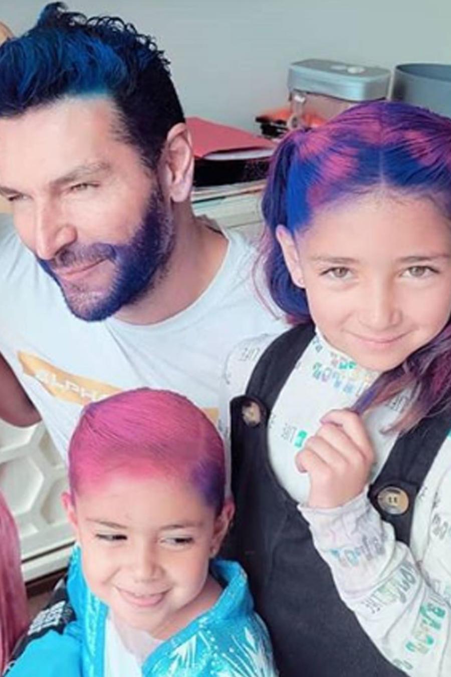 Martín Fuentes con sus hijas