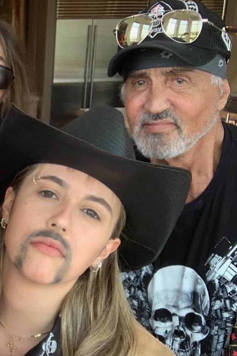 Sylvester Stallone y su familia se disfrazan de los protagonistas de 'Tiger King'