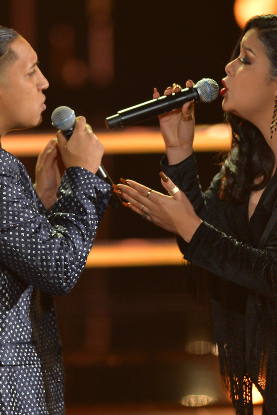Adrian Torres y Diana Puentes en las batallas de La Voz US 2