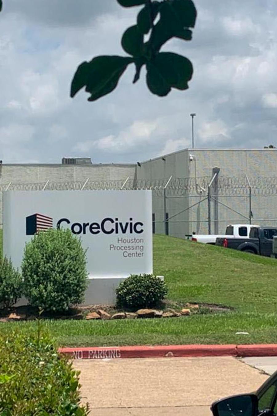 Las afueras del centro de detención migratoria de Houston, Texas, donde Jane Doe estuvo retenida en 2018.