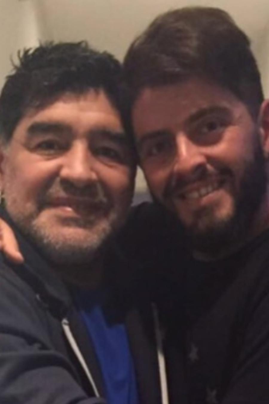 Maradona con sus hijos