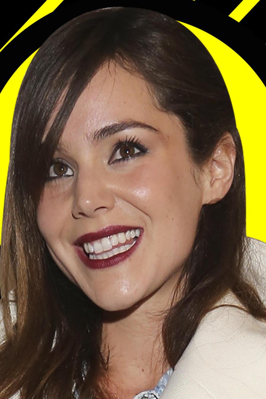 Camila Sodi escultura pene