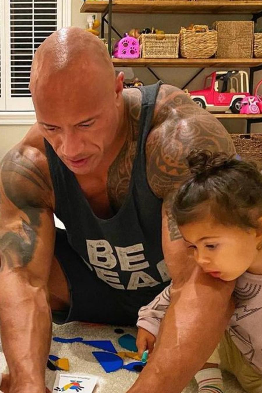 Dwayne Johnson y sus hijas