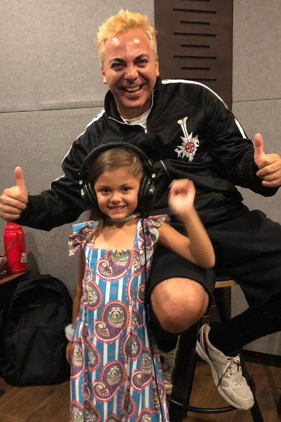 Cristian Castro con su hija Rafaela Castro
