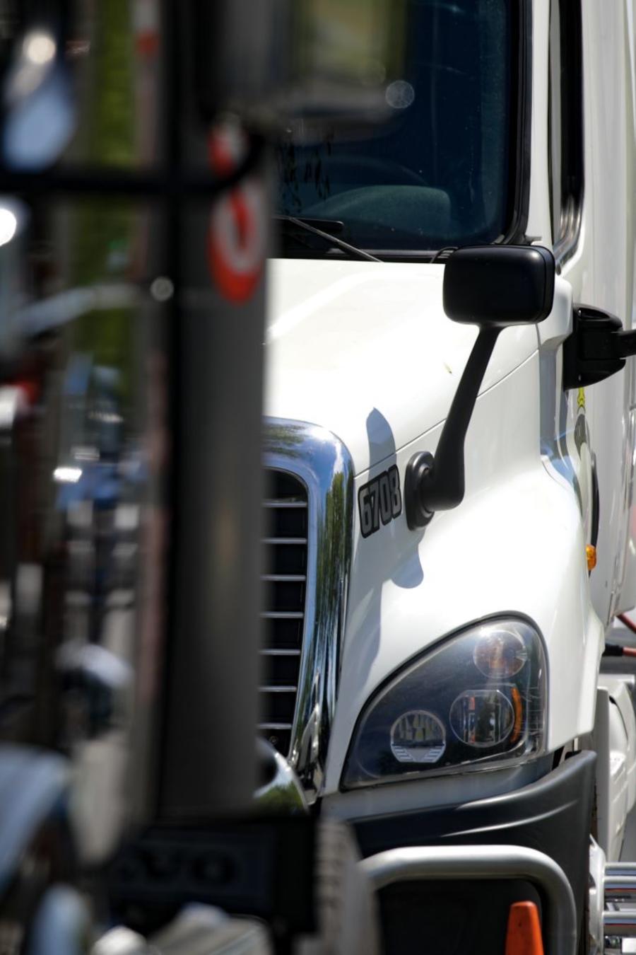 El conducir camiones es la función más solicitada con más de 1.3 millones de vacantes