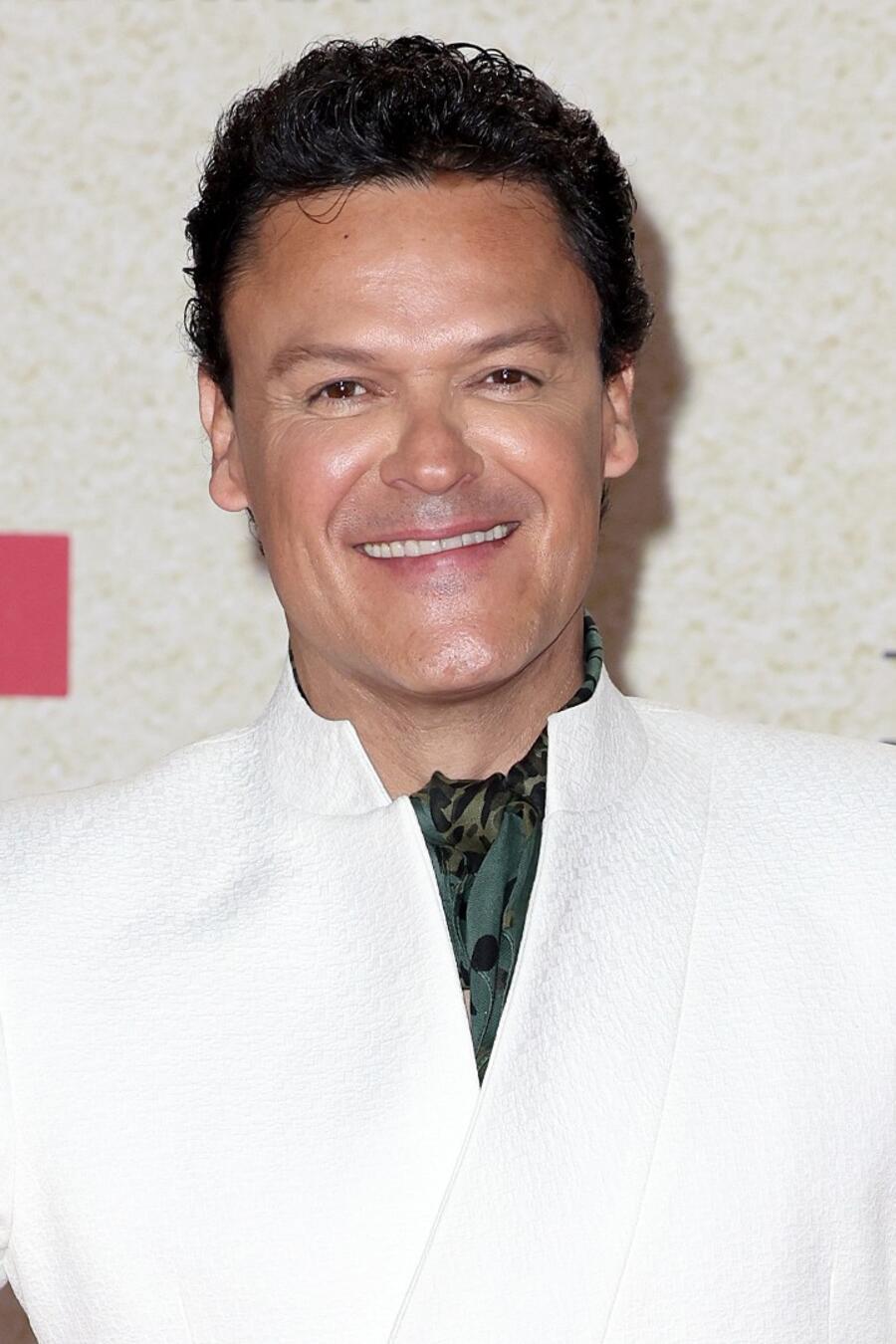 Pedro Fernández en la red carpet de los Premios Billboard 2021