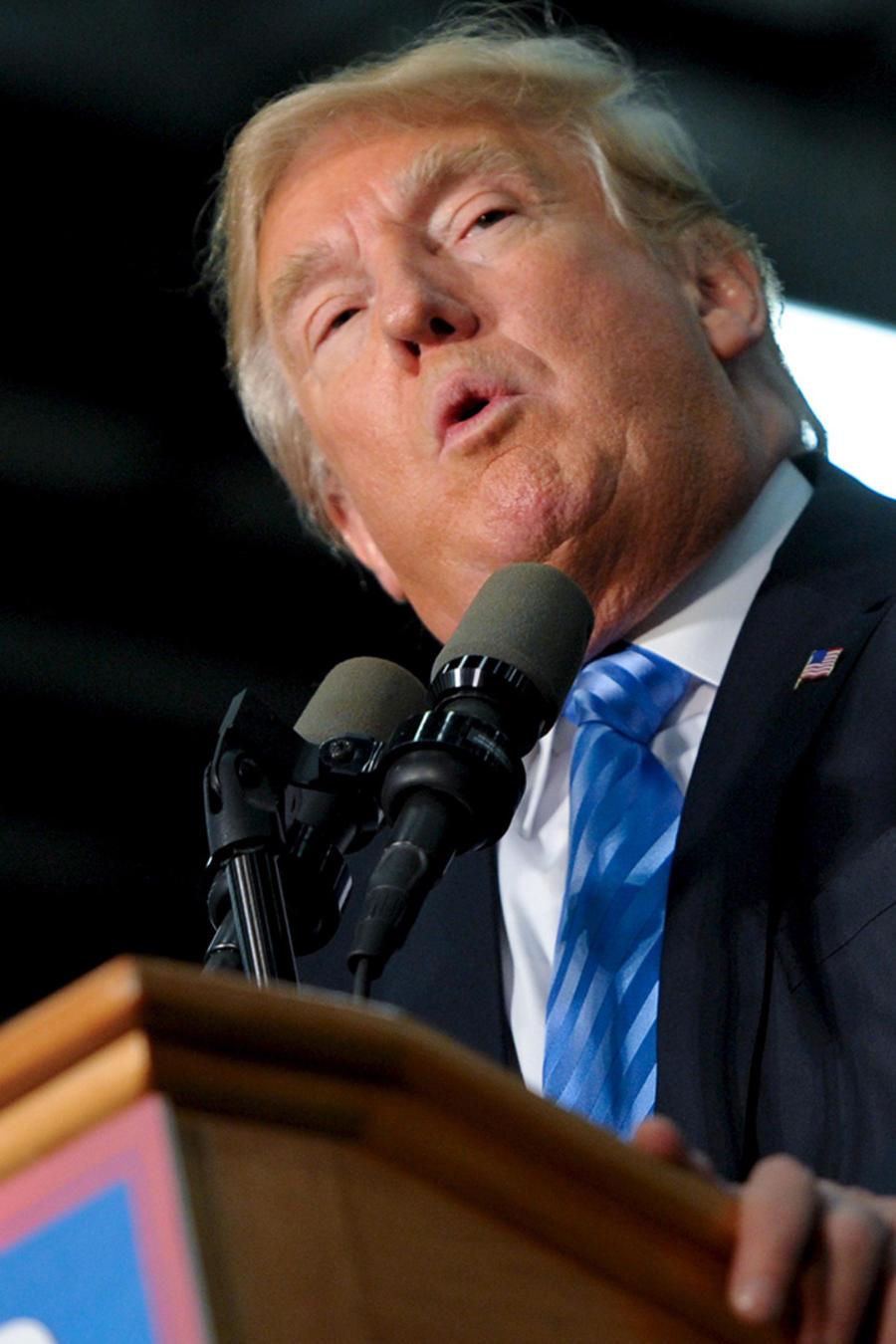 Donald Trump se dirige a sus seguidores