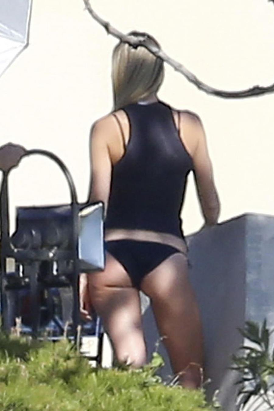 Gwyneth Paltrow presume de sus atributos en una sexy sesión de fotos