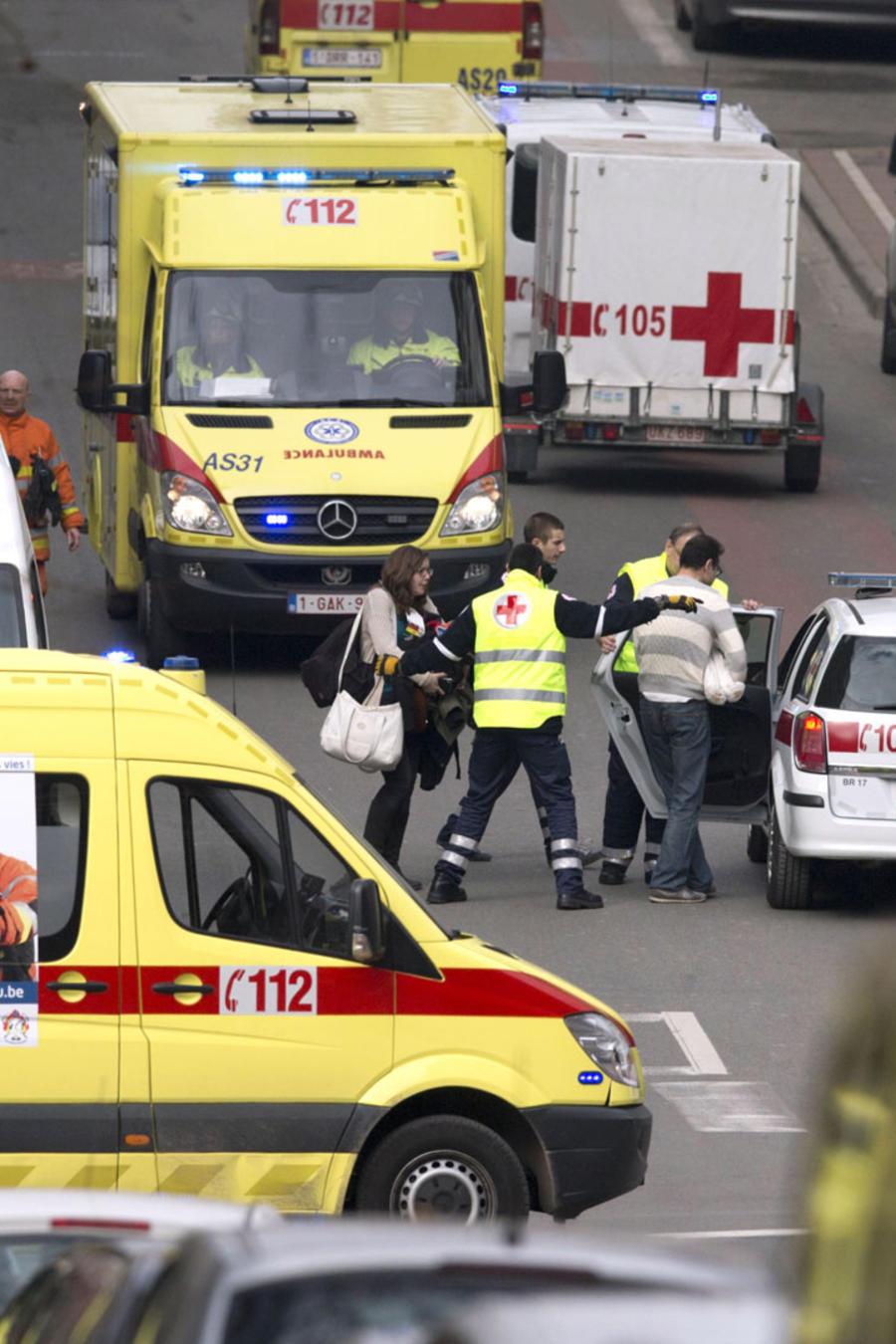 atentado bruselas ambulancias