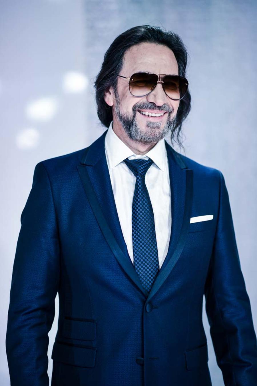 Marco Antonio Solís en la alfombra roja de los Premios Billboard 2016