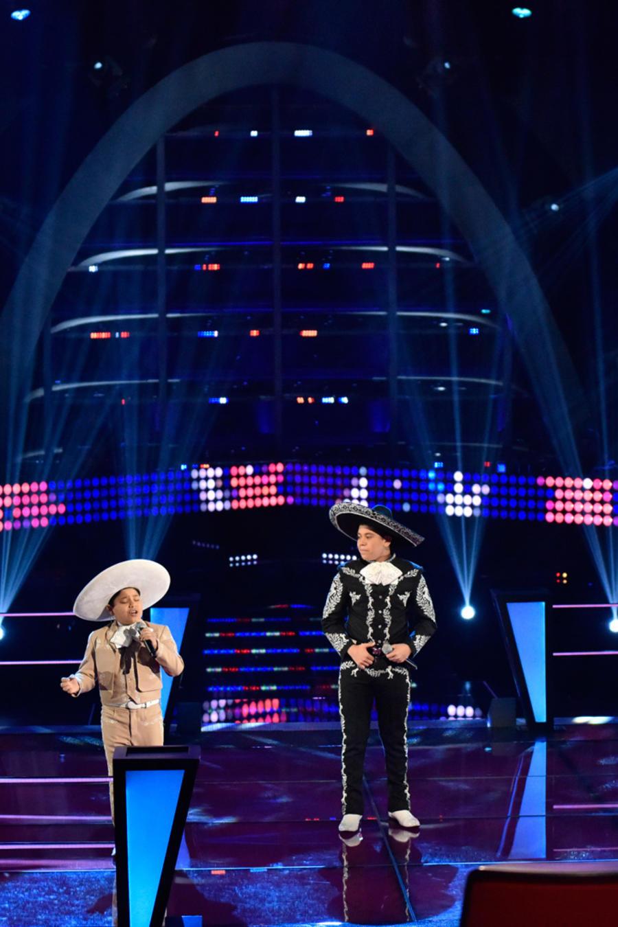 Miguel José y Joseph en la segunda ronda de batallas de La Voz Kids 2016