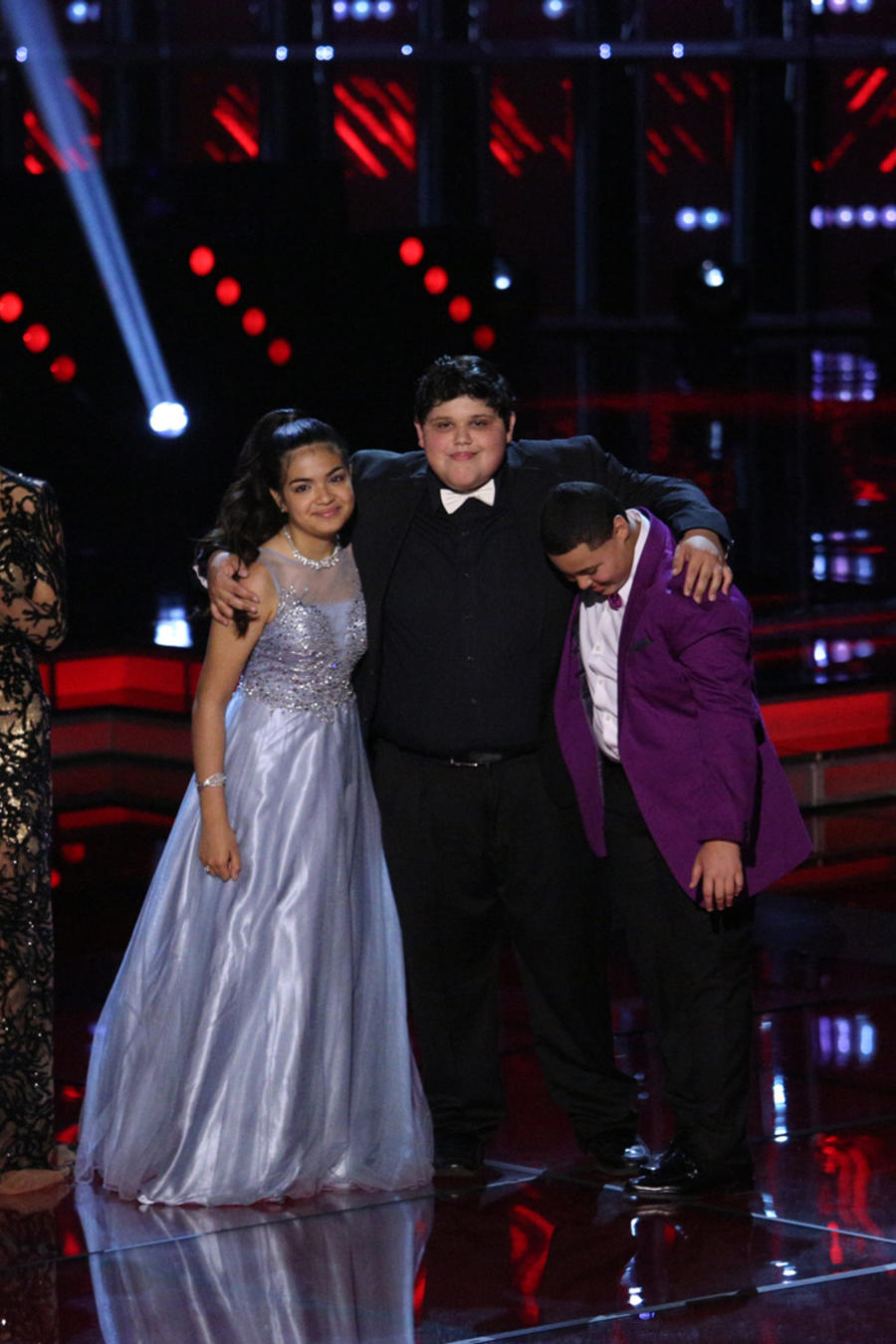 Alejandra Christopher y Axel con Jorge Bernal Patricia Manterola en la final de La Voz Kids 2016