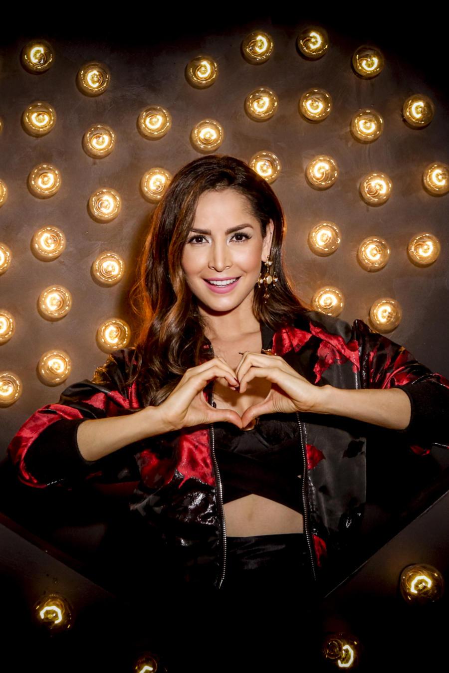 Carmen Villalobos en iHeartRadio Fiesta Latina