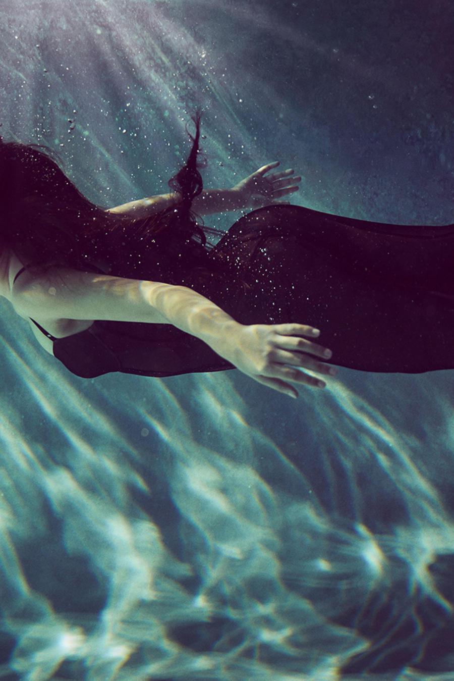 Camila Cabello posa para la portada de la revista Billboard