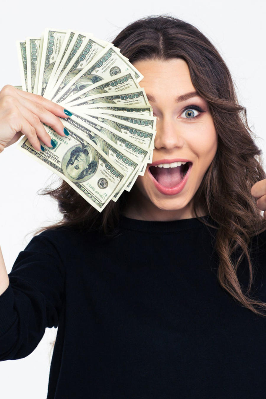 Mujer feliz con billetes
