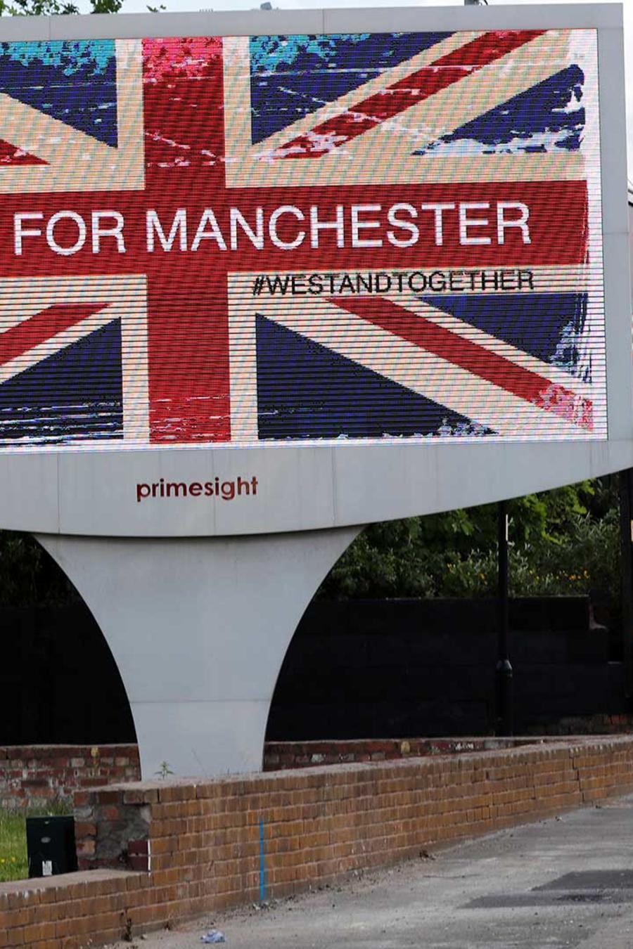 Mensaje en un conmemoración a las víctimas del atentado en el concierto de Ariana Grande que dejó al menos 22 muertos en Manchester el Lunes 22 de mayo del 2017