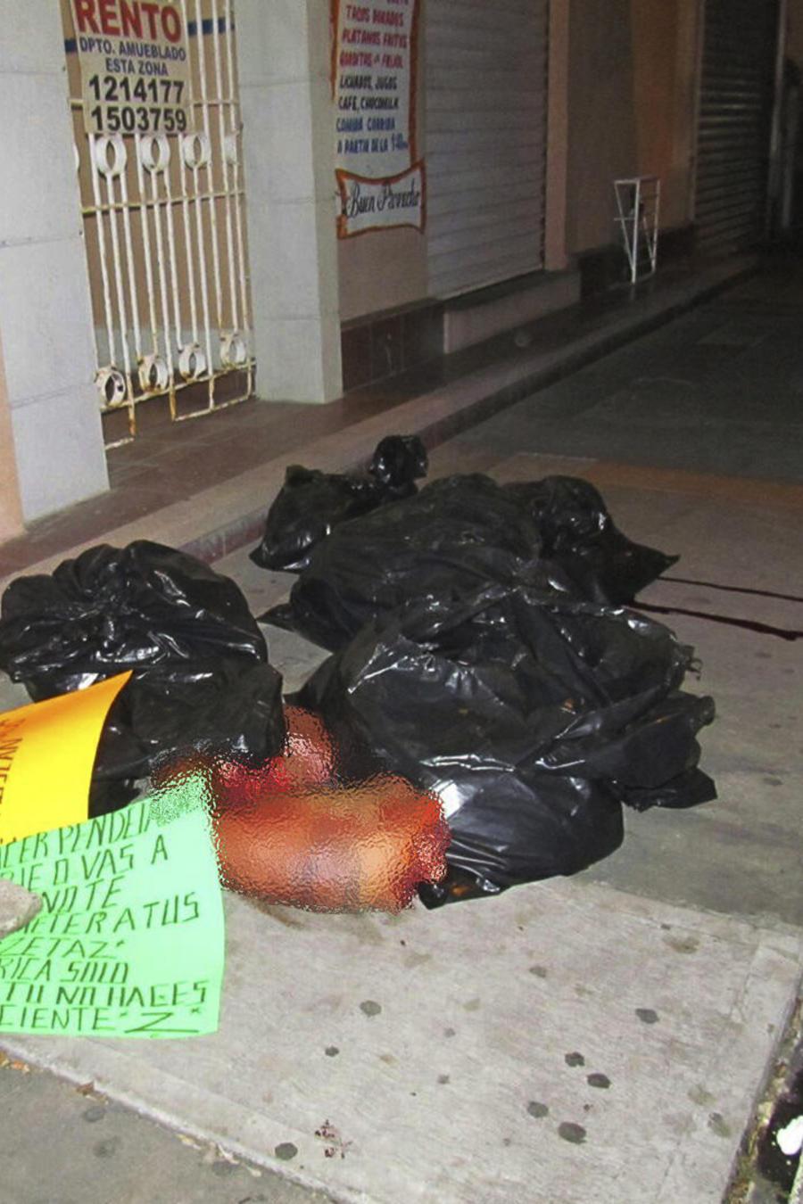 ENCUENTRAN VARIAS BOLSAS DE BASURA CON RESTOS HUMANOS EN MÉXICO