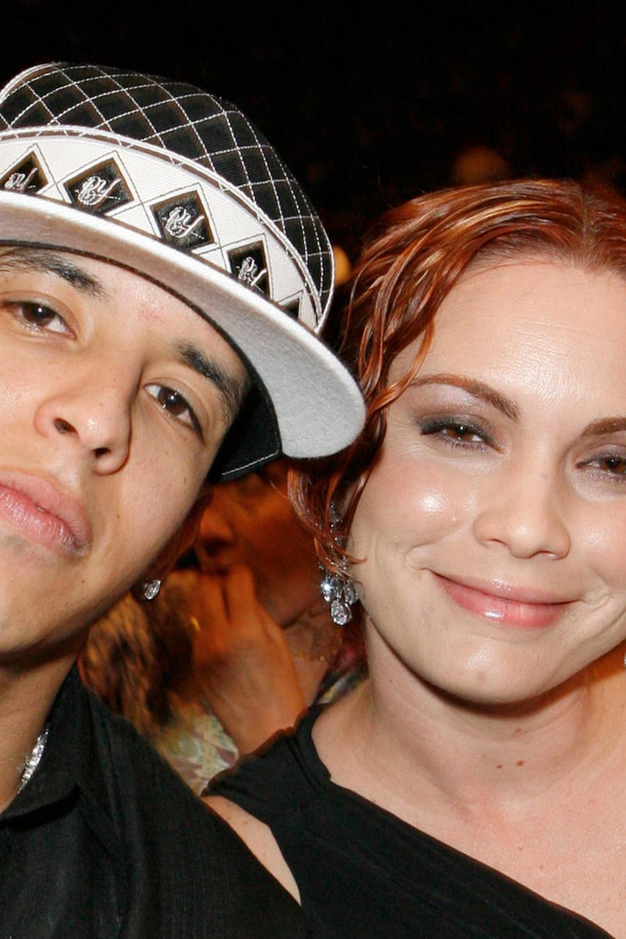 Daddy Yankee y Mireddys Gonzalez en los Premios Lo Nuestro 2007, Miami, Florida.