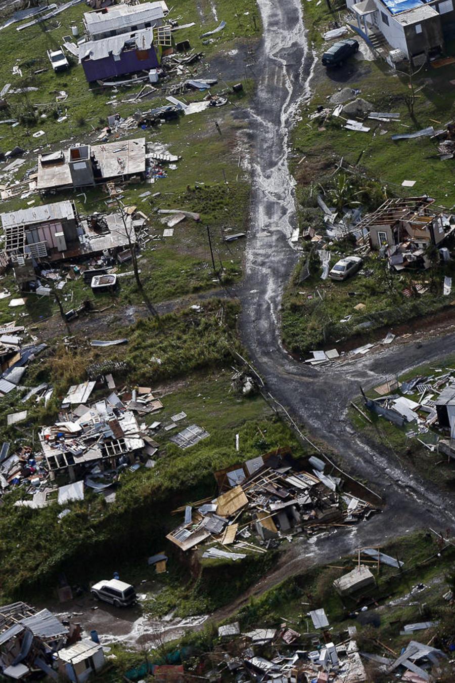 Comunidades destruidas por el Huracán María en Toa Alta, Puerto Rico.