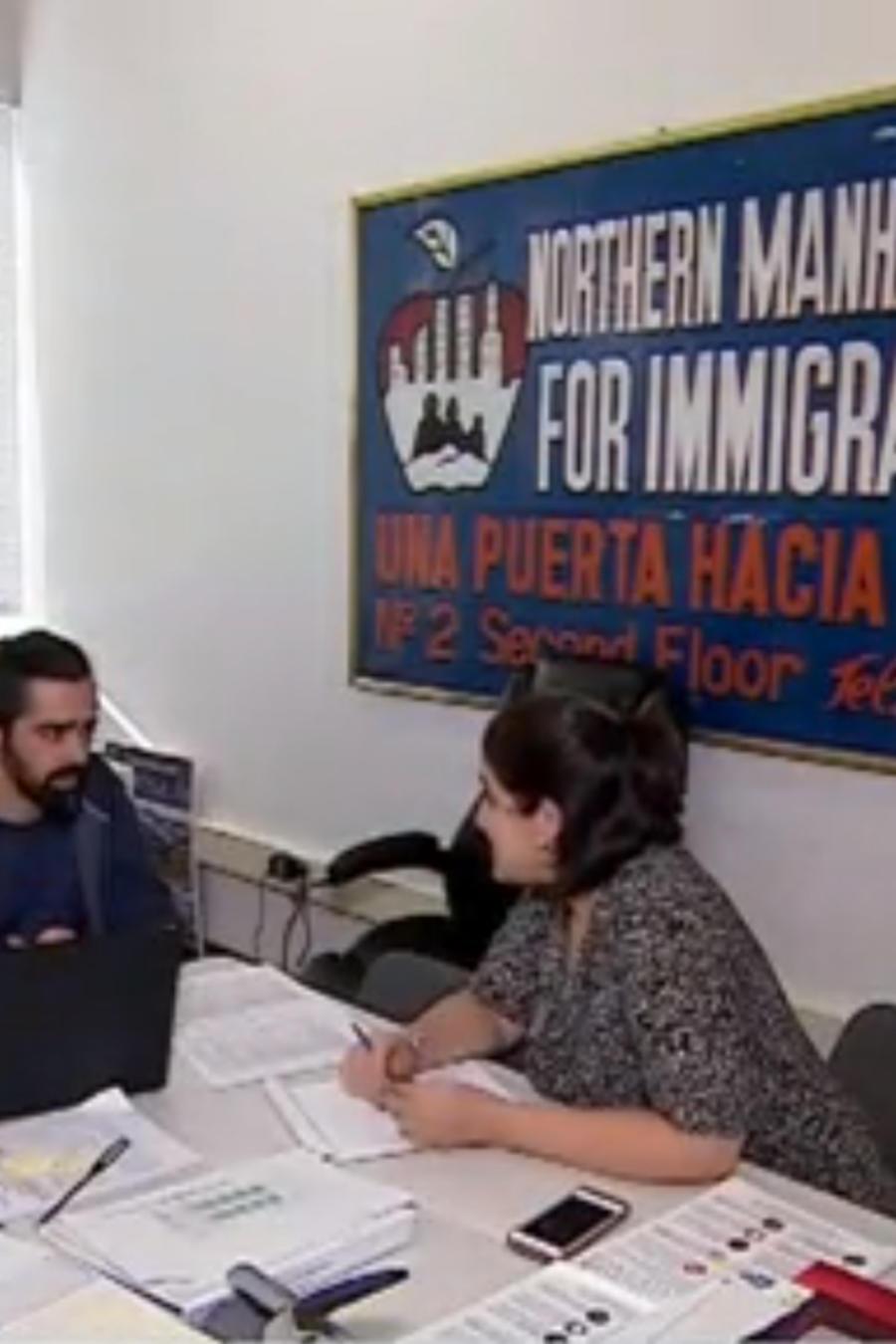 Oficina de activistas a favor de los inmigrantes en EEUU.