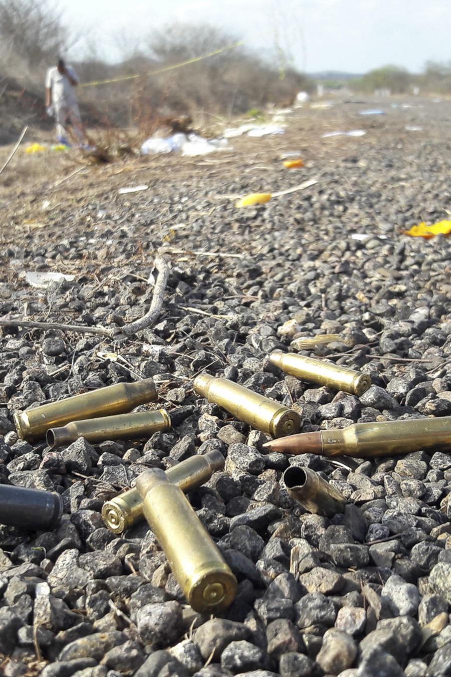 Fotografía de archivo de casquillos de bala encontrados en el occidente de México.