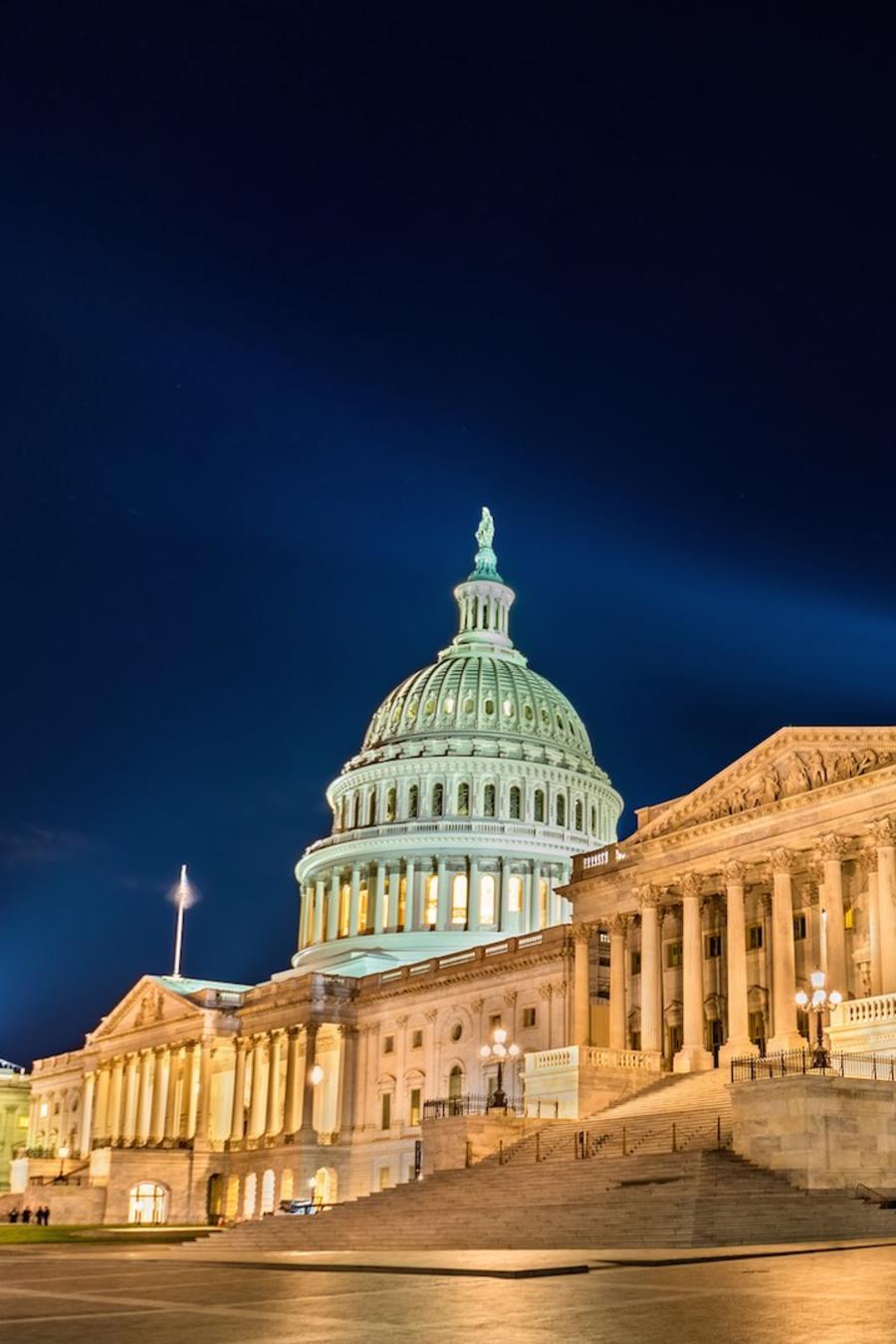 Capitolio de Washington D.C. de noche