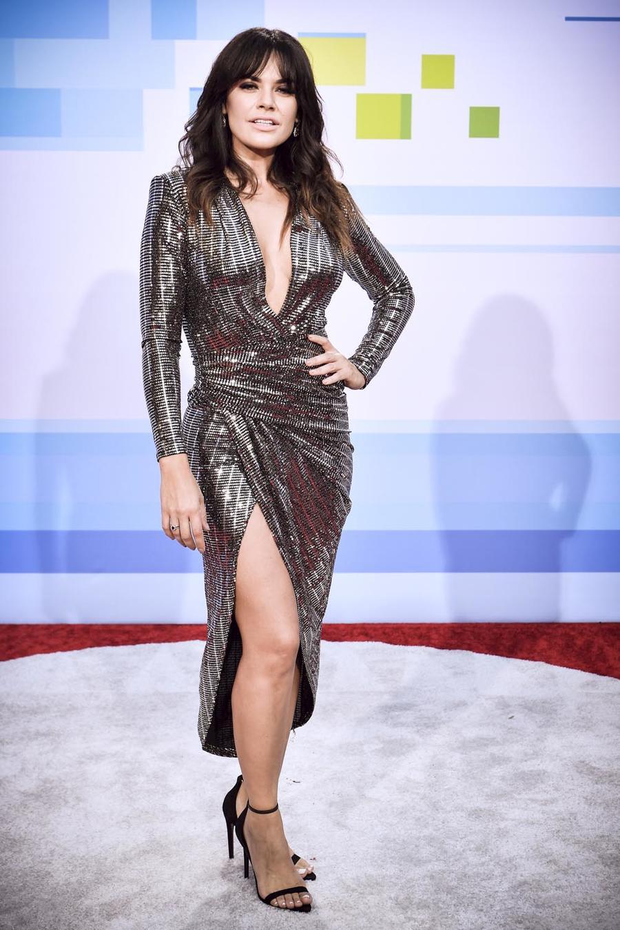 Los mejor vestidos de los Latin AMAs 2018