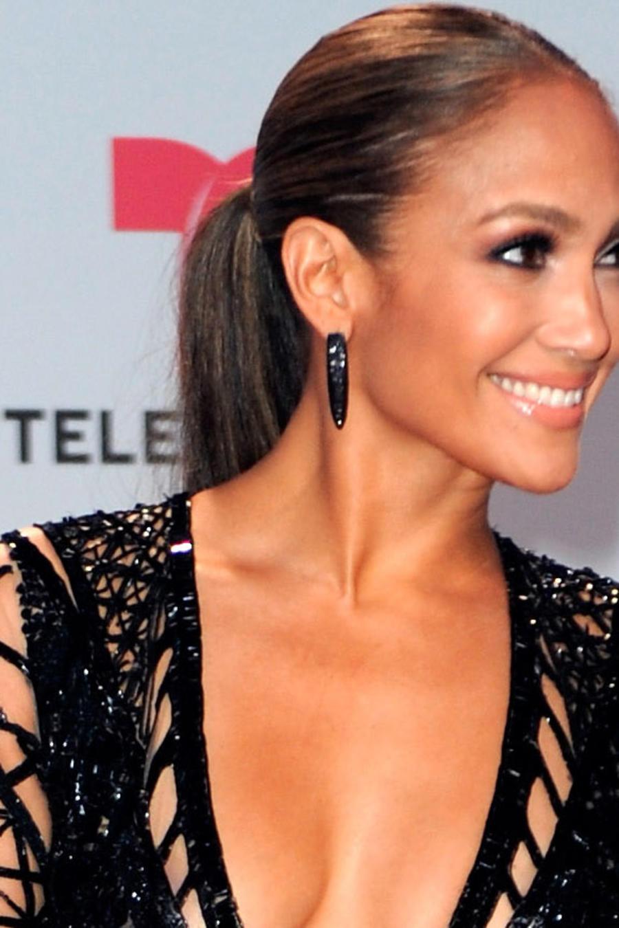 Jennifer Lopez en los Billboard Latin Music Awards - Arrivals