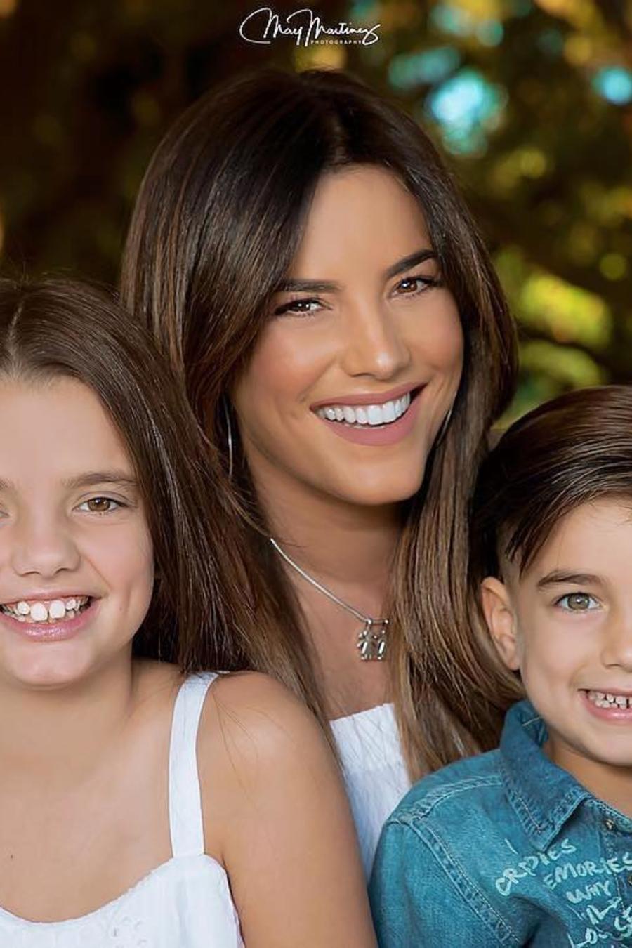 Gaby Espino y sus hijos