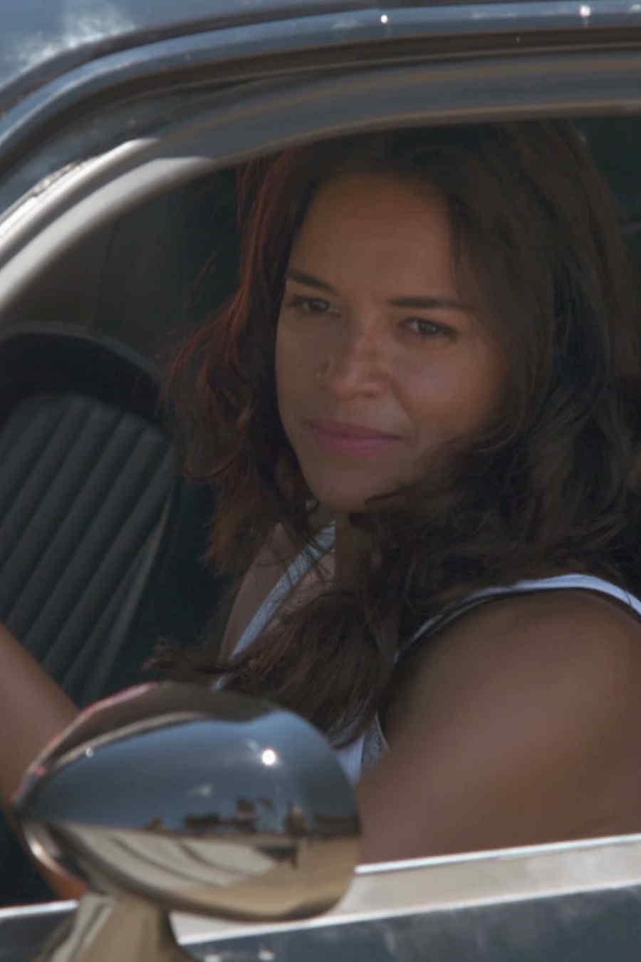 """Featurette exclusivo de """"Furious 7"""" con Michelle Rodriguez"""