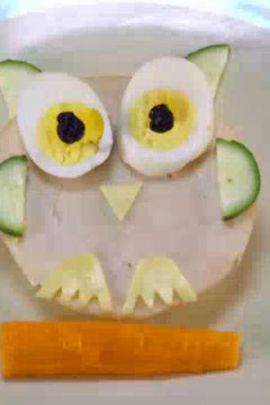 Un plato de vegetales en forma de buho para tus hijos
