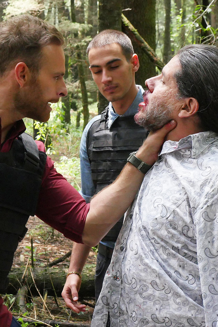 Luis Ernesto Franco, Jorge Zárate, peleando, Señora Acero 3 La Coyote