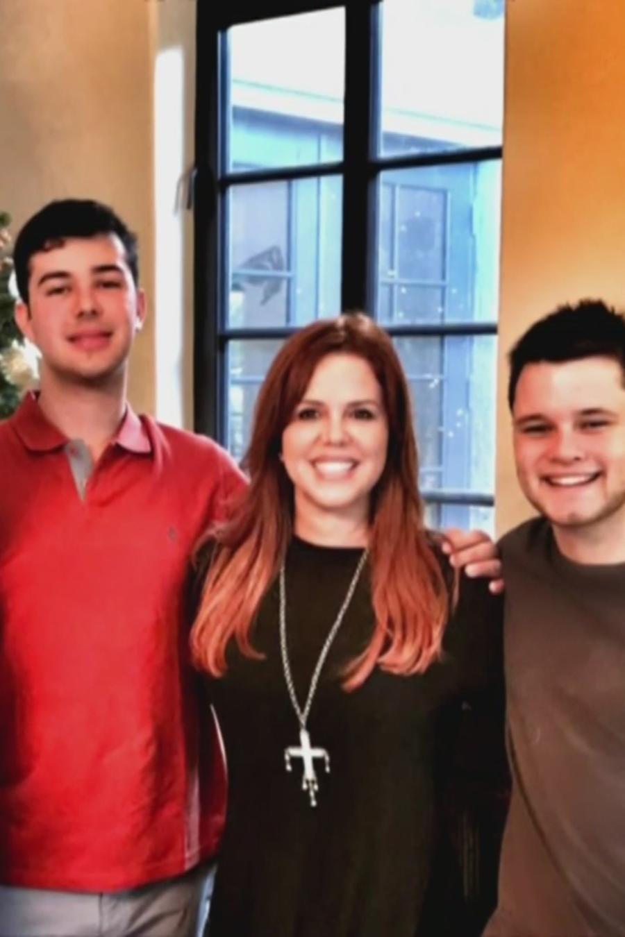 maria celeste con sus hijos