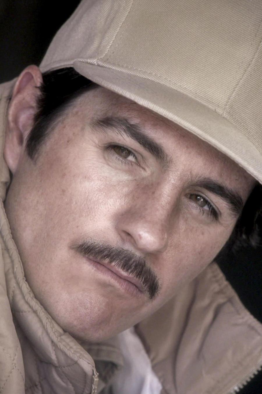 Mauricio Ochmann como El Chema
