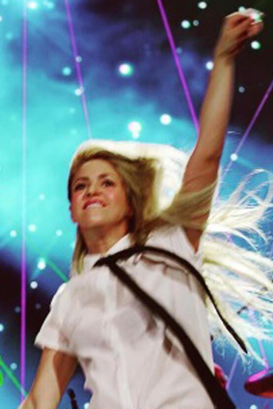 Coldplay y Shakira cantan a dueto