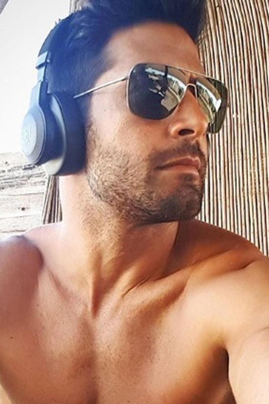 Beto Malfacini con gafas de sol