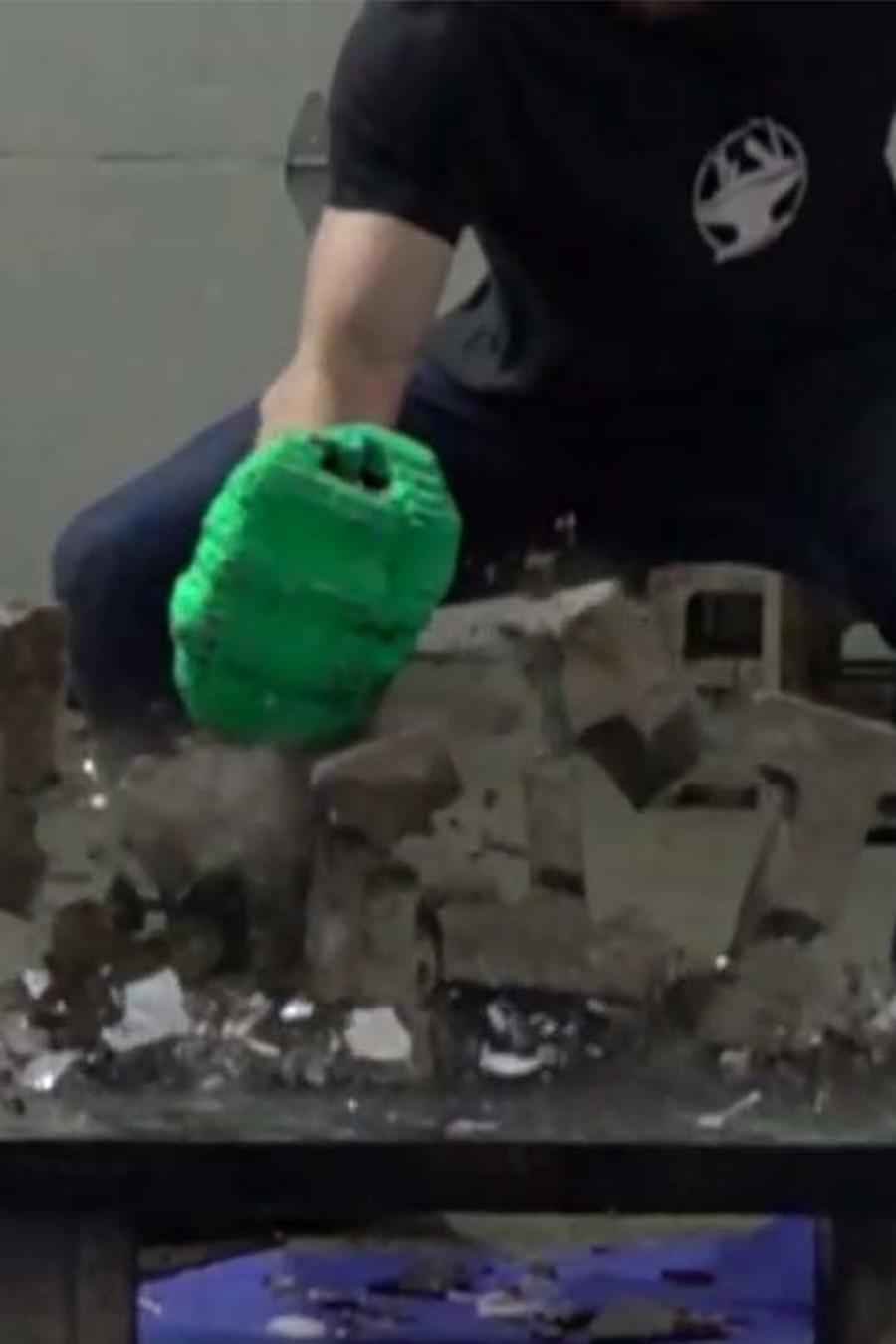 guantes hulk
