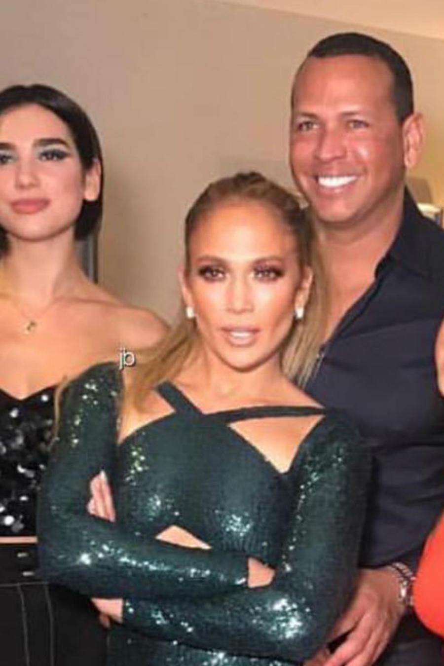 Jennifer Loopez con Alex Rodriguez, Jessica de Alba, Sofía Vergara, Dua Lipa y Becky G