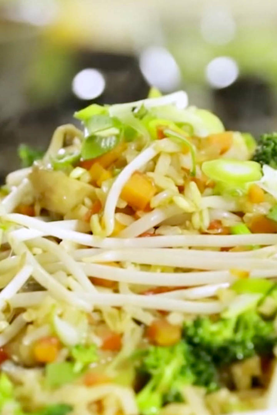 Prepara un delicioso arroz frito estilo Chef James