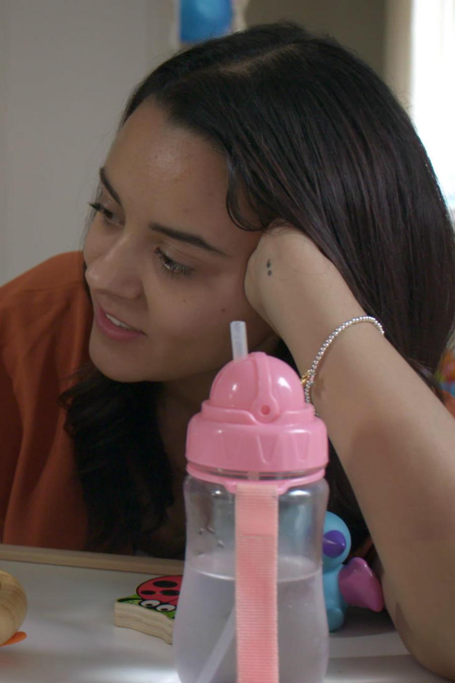 Mujer alérgica al agua tras dar a luz