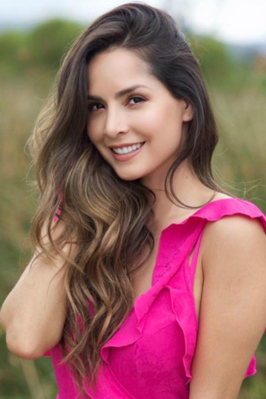 Carmen Villalobos presumiendo de su cabello