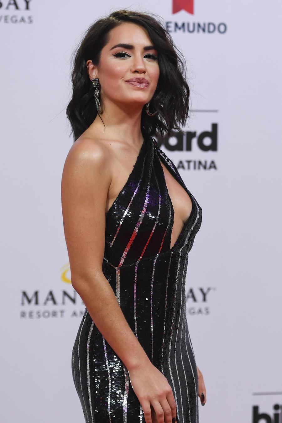 Lali Esposito en la alfombra roja de Premios Billboard 2019